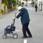 なぜ高齢者は横断歩道を使わないで道を横切るのか?その理由と対策について調べてみました